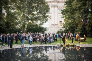 Gedenken am Sinti und Roma Denkmal am 2. August 2021 © Stiftung Denkmal, Foto Marko Priske (101)