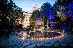 Gedenken am Sinti und Roma Denkmal am 2. August 2021 © Stiftung Denkmal, Foto Marko Priske (142)