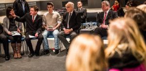 School pupils from Berlin in conversation with Naftali Fürst and Federal President Joachim Gauck, Photo: Marko Priske