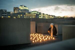 Illuminated memorial, photo Marko Priske