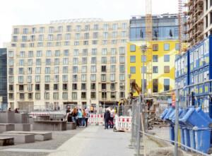 Bauarbeiten Buergersteig Cora-Berliner-Straße